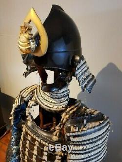 Fantastic Rare Antique 17th Century Japanese Samurai'Fighting' Full Suit Armour