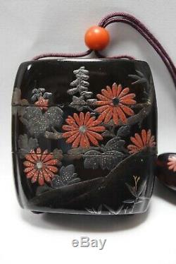 Rare Japanese Antique Lacquered Wooden Makie ornamental box INRO Netsuke (b151)