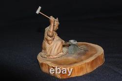 Rare figurine! Japanese statuette swordsmith Kanemoto Magoroku (27th generation)