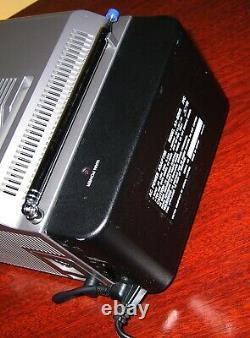 SCARCE 1986 JVC MINI Portable CRT TV Color TUBE Television JAPAN RARE